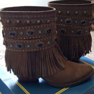 Sbicca Verse Fringe Western Boots in Khaki